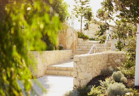 Jindee-location-jindalee-beach-path-to-the-beach
